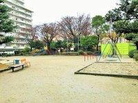 その他共有部:敷地内の公園です。